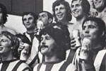 "<span class=""style1"">A happy dressing room as Sunderland players show their delight at reaching the semi-final</span>"